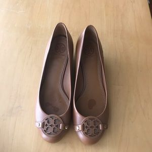 Tory Burch Leather Heels EUC